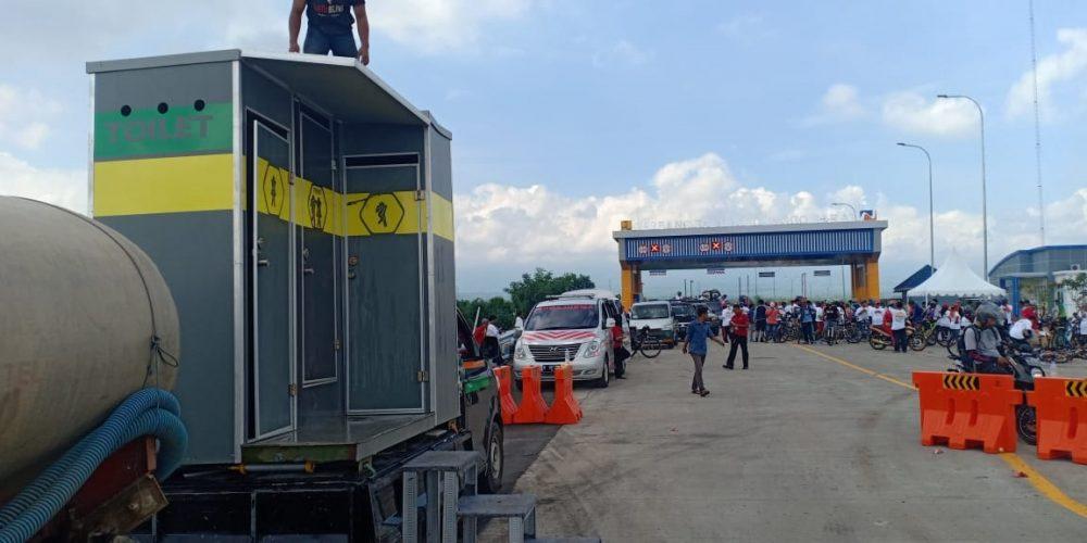 Rental Mobil Toilet di Tol Probolinggo